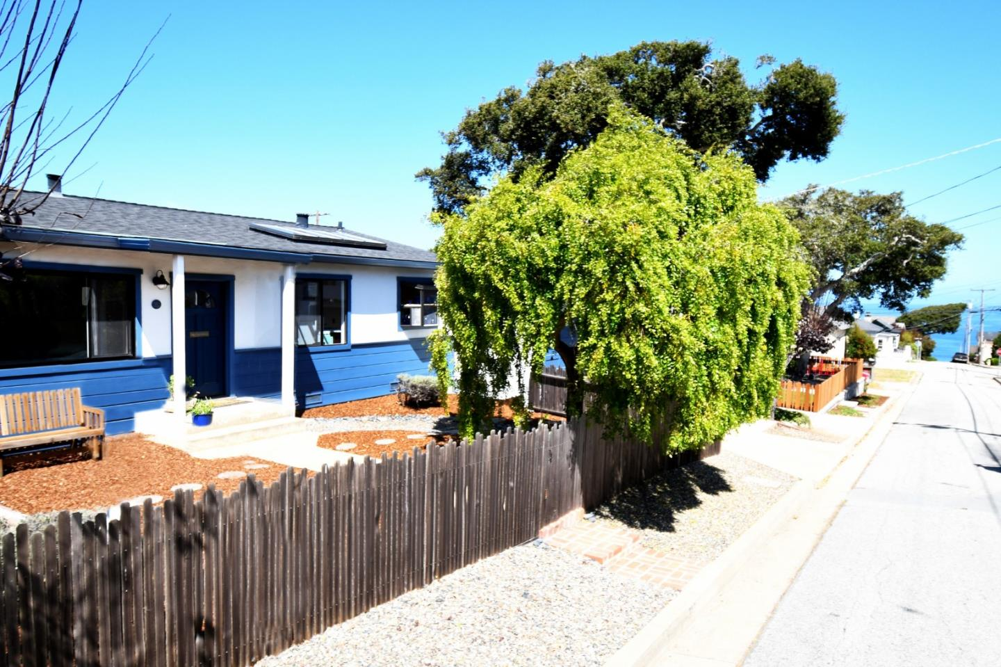 Detail Gallery Image 1 of 1 For 310 4th St, Pacific Grove,  CA 93950 - 2 Beds | 2 Baths