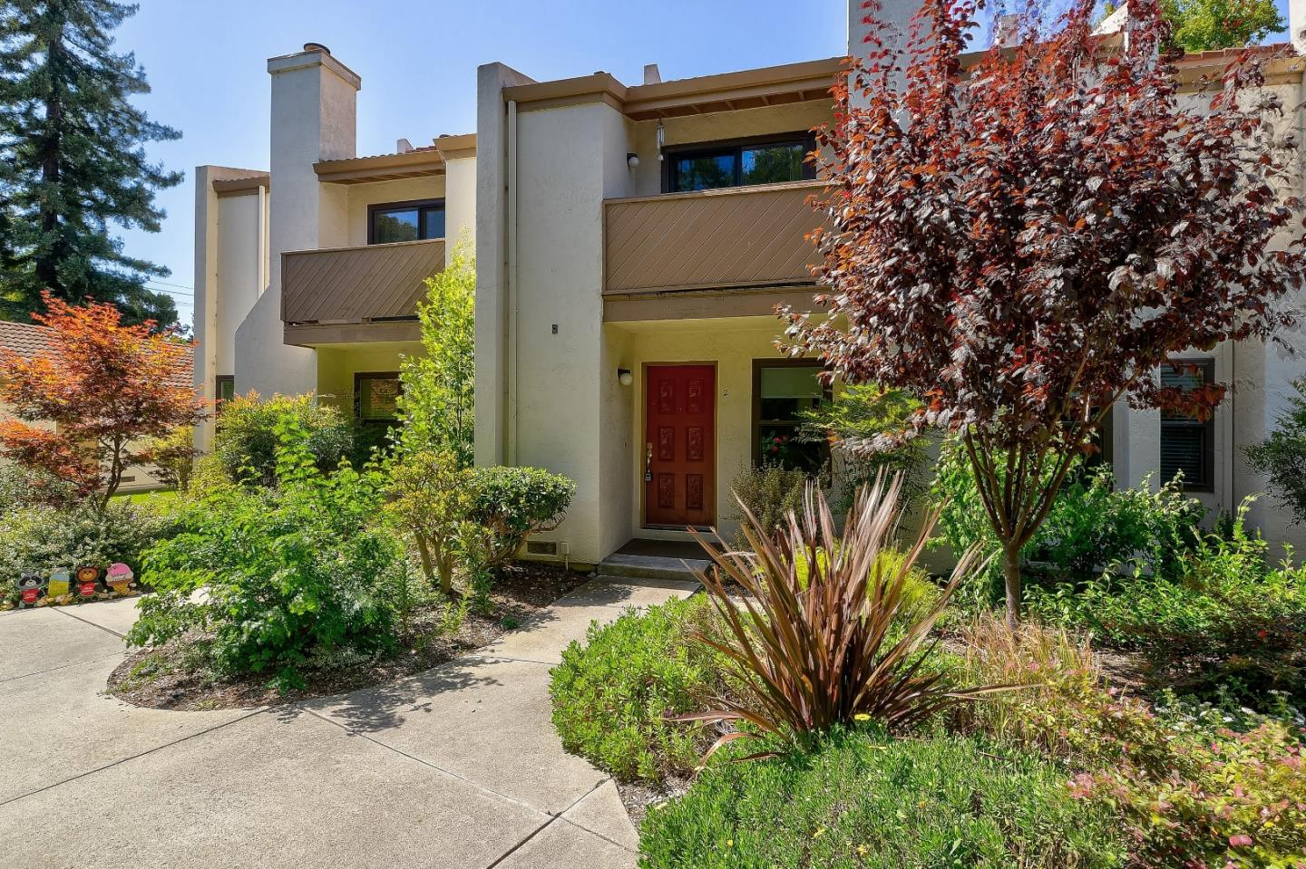 Detail Gallery Image 1 of 1 For 620 Willowgate St #2, Mountain View, CA 94043 - 3 Beds   2/1 Baths