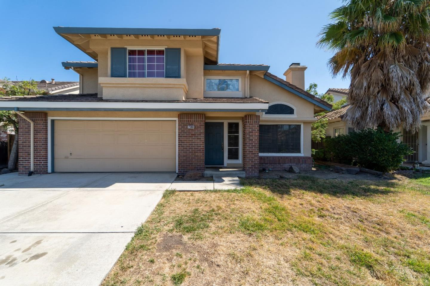 Detail Gallery Image 1 of 21 For 2360 Russell St, Tracy, CA 95376 - 4 Beds | 2/1 Baths