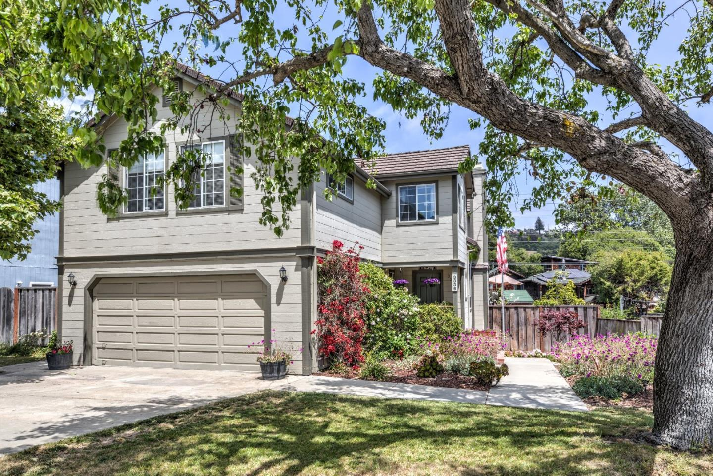 Sought after Location! Walking distance to Downtown Soquel, schools, parks and minutes to Capitola Beach. At almost 3000 sq. feet and rarely available, this modern and contemporary home situated in a cul-de-sac has been lovingly designed and cared for.  The comfortable floor plan offers separate formal living and dining rooms as well as a family room that is conveniently adjacent to the phenomenal chefs kitchen. Beautifully outfitted with Corian counter tops, oak cabinets, two dishwashers, cabinet depth built-in refrigerator, and a large bay window that lets in natural light, this kitchen is an entertainers delight! Also featuring dramatic vaulted ceilings in the living room, hardwood floors, new carpet, two fireplaces, built-in bookcases and closet organizers, master bedroom with A/C and updated bathroom. Outside is a new composite deck for relaxation and BBQ's, raised planters to grow your favorite vegetables, and as a bonus, plentiful storage is available under the house.