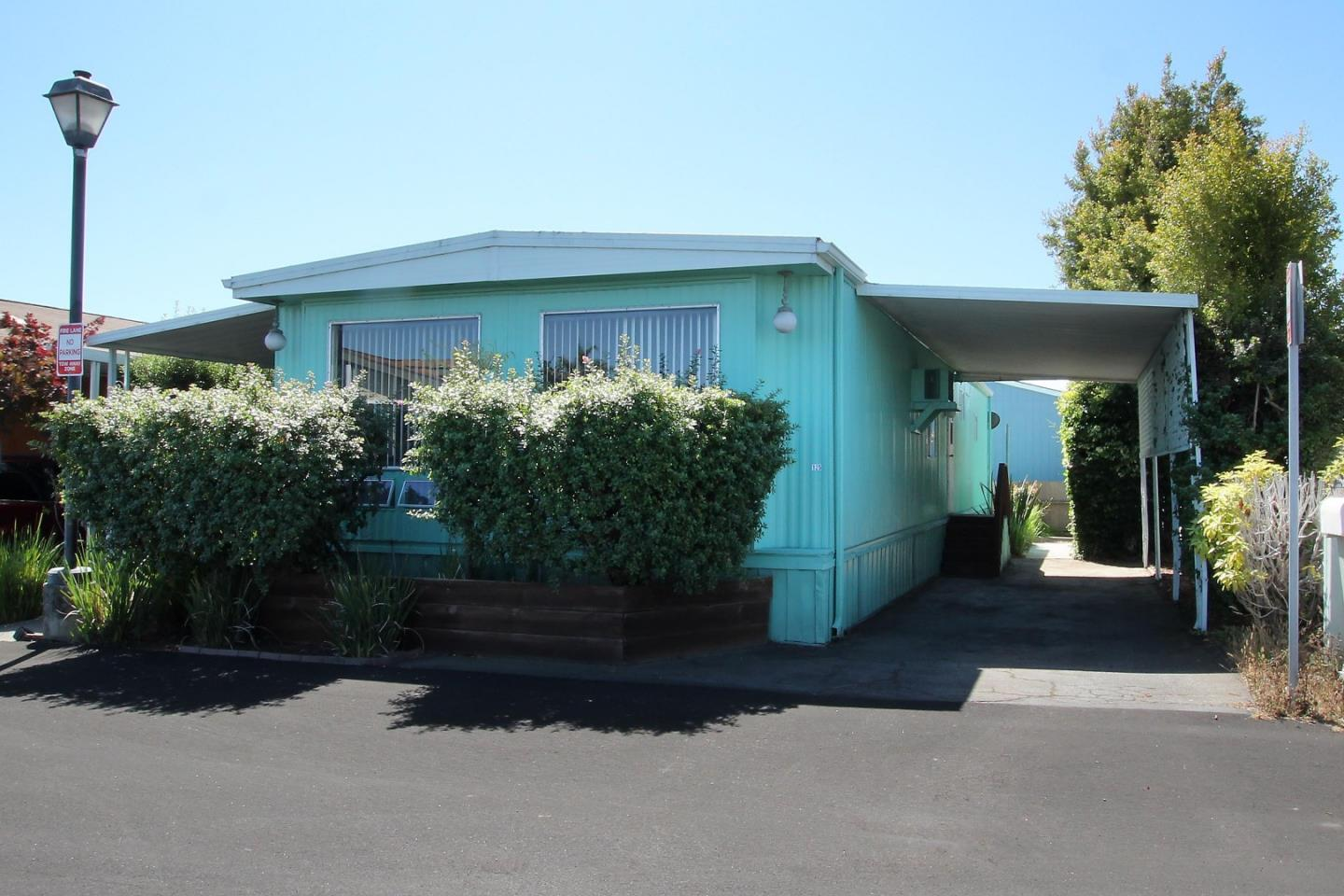 Detail Gallery Image 1 of 1 For 1255 38th Ave #125, Santa Cruz, CA 95062 - 2 Beds | 2 Baths
