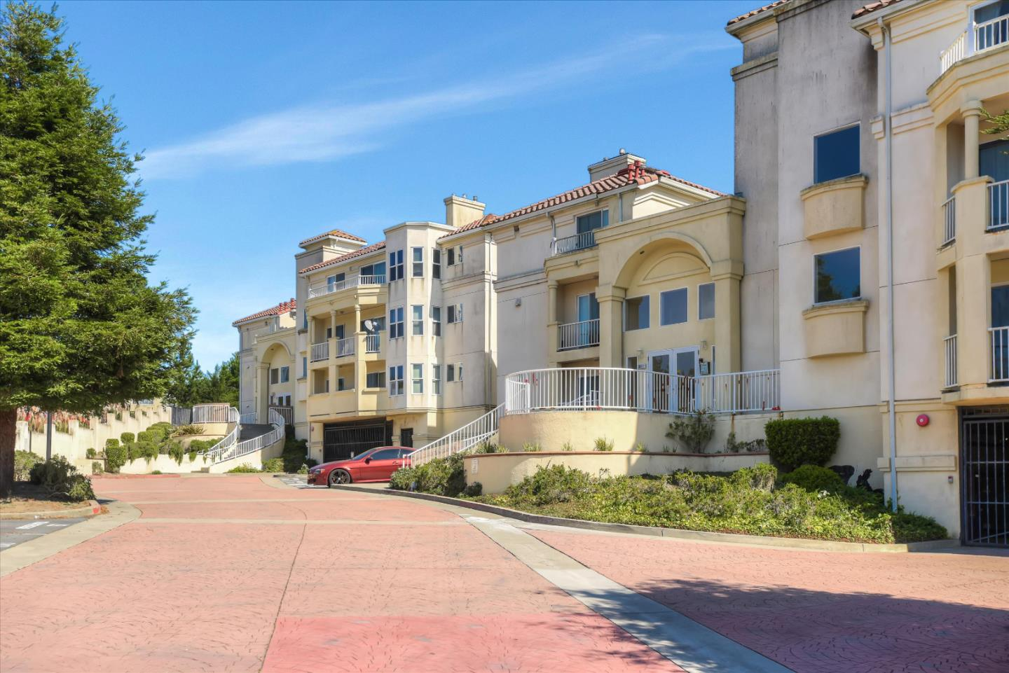 Detail Gallery Image 1 of 1 For 3865 Carter Dr #305, South San Francisco, CA 94080 - 2 Beds | 2 Baths