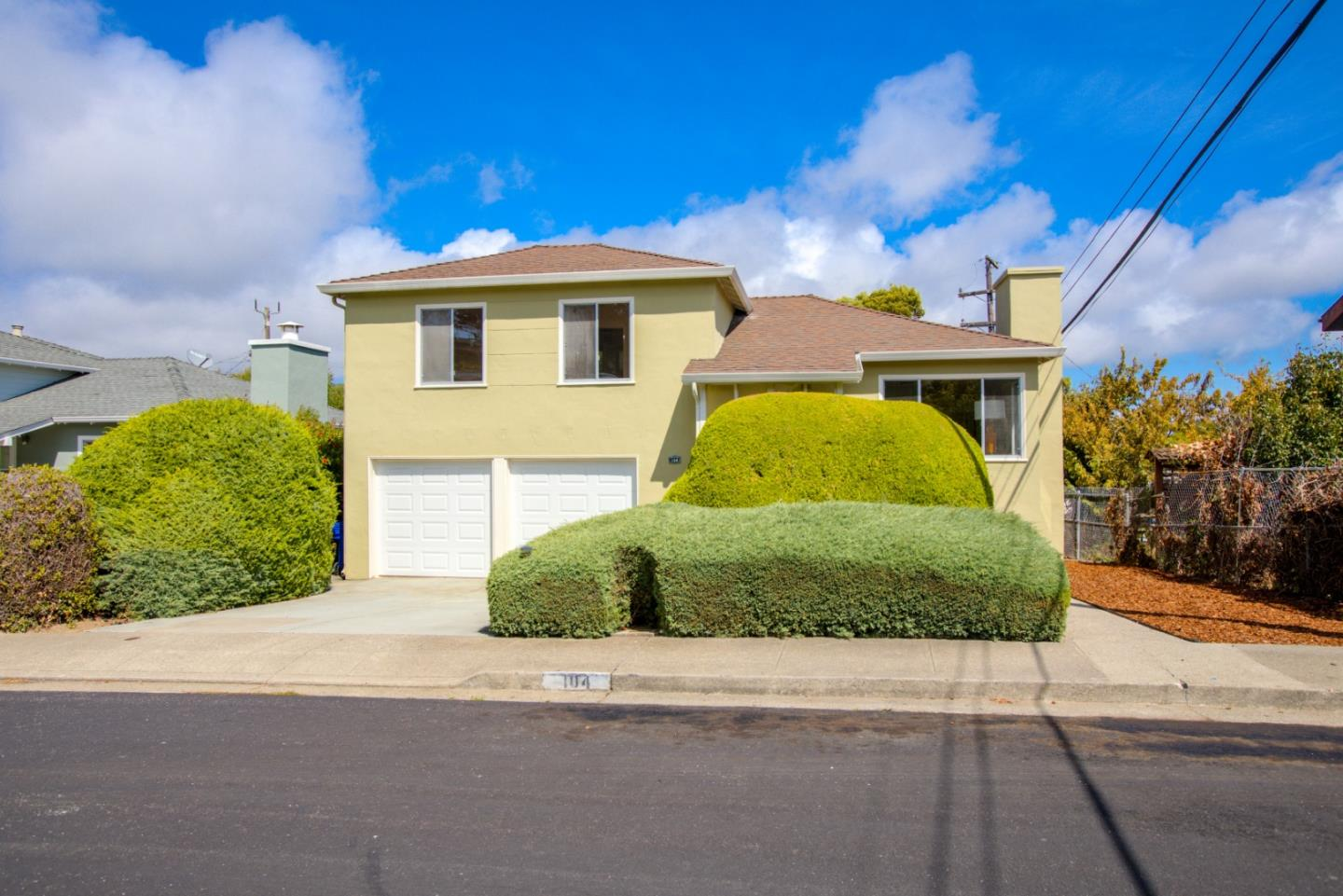 Detail Gallery Image 1 of 1 For 104 Verano Dr, South San Francisco, CA 94080 - 3 Beds | 1 Baths