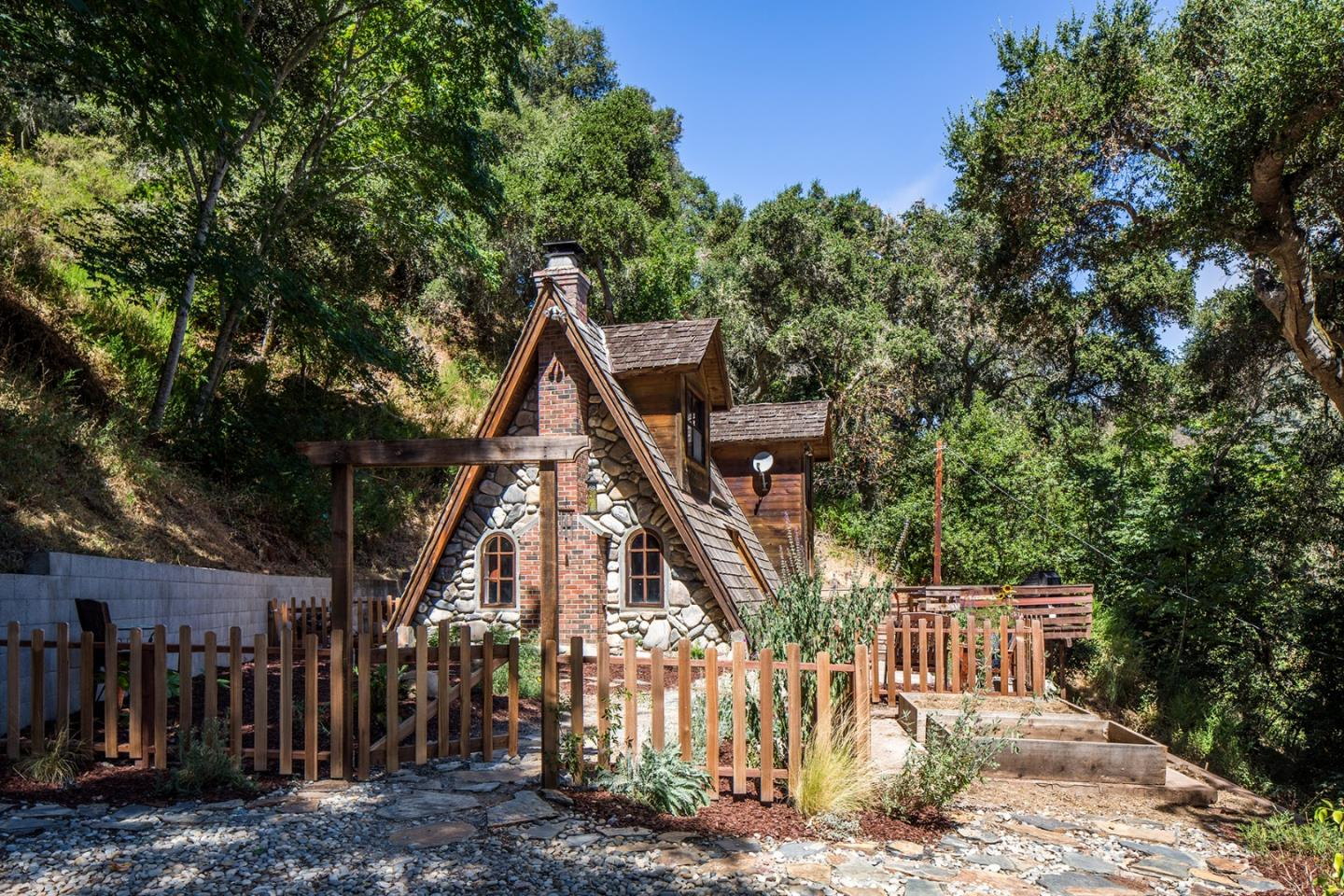 Detail Gallery Image 1 of 1 For 65 Hitchcock Canyon Rd, Carmel Valley, CA 93924 - 1 Beds | 1 Baths