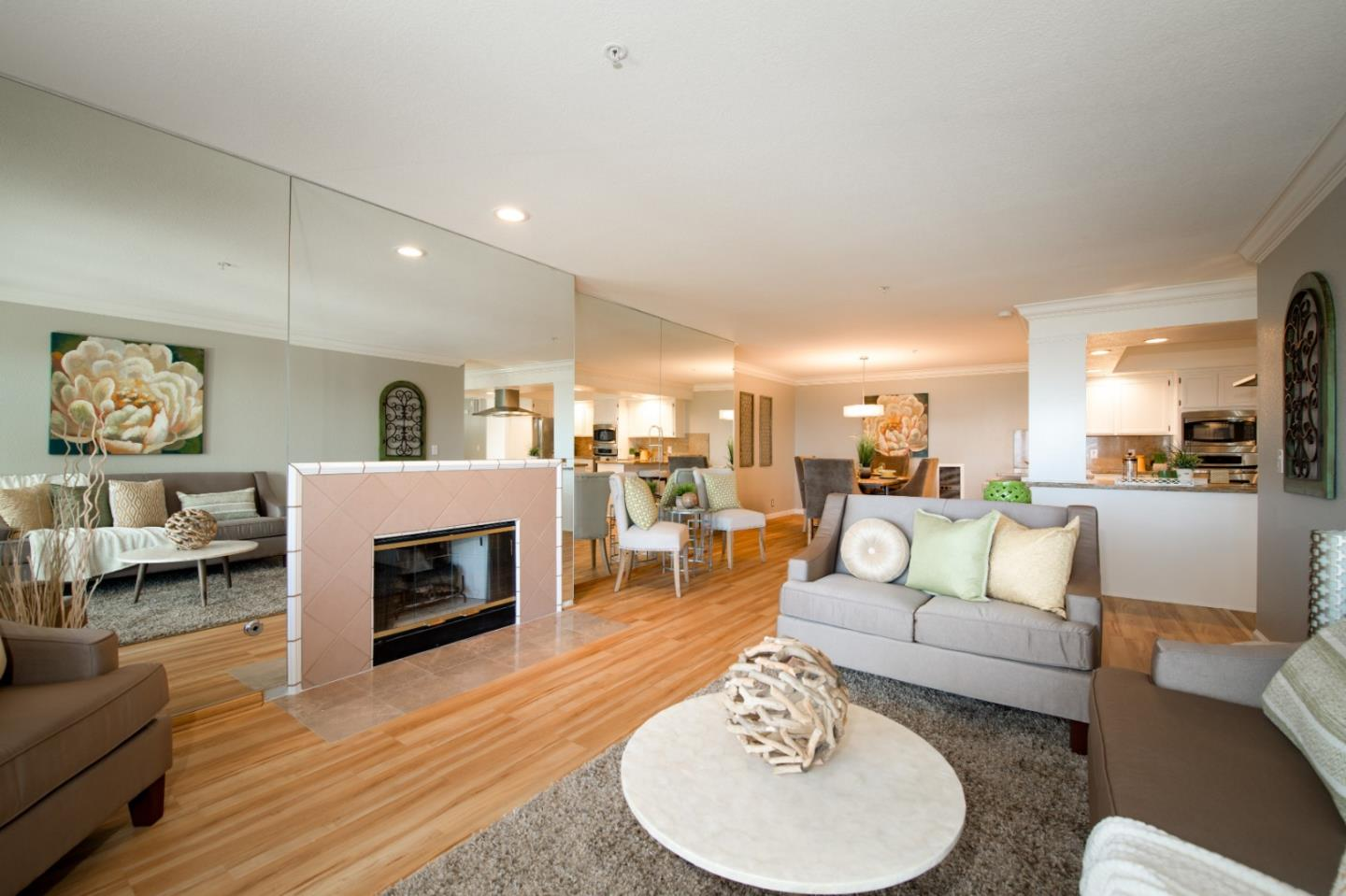 Detail Gallery Image 1 of 31 For 416 Portofino #303 Dr #15, San Carlos, CA 94070 - 2 Beds | 2/1 Baths