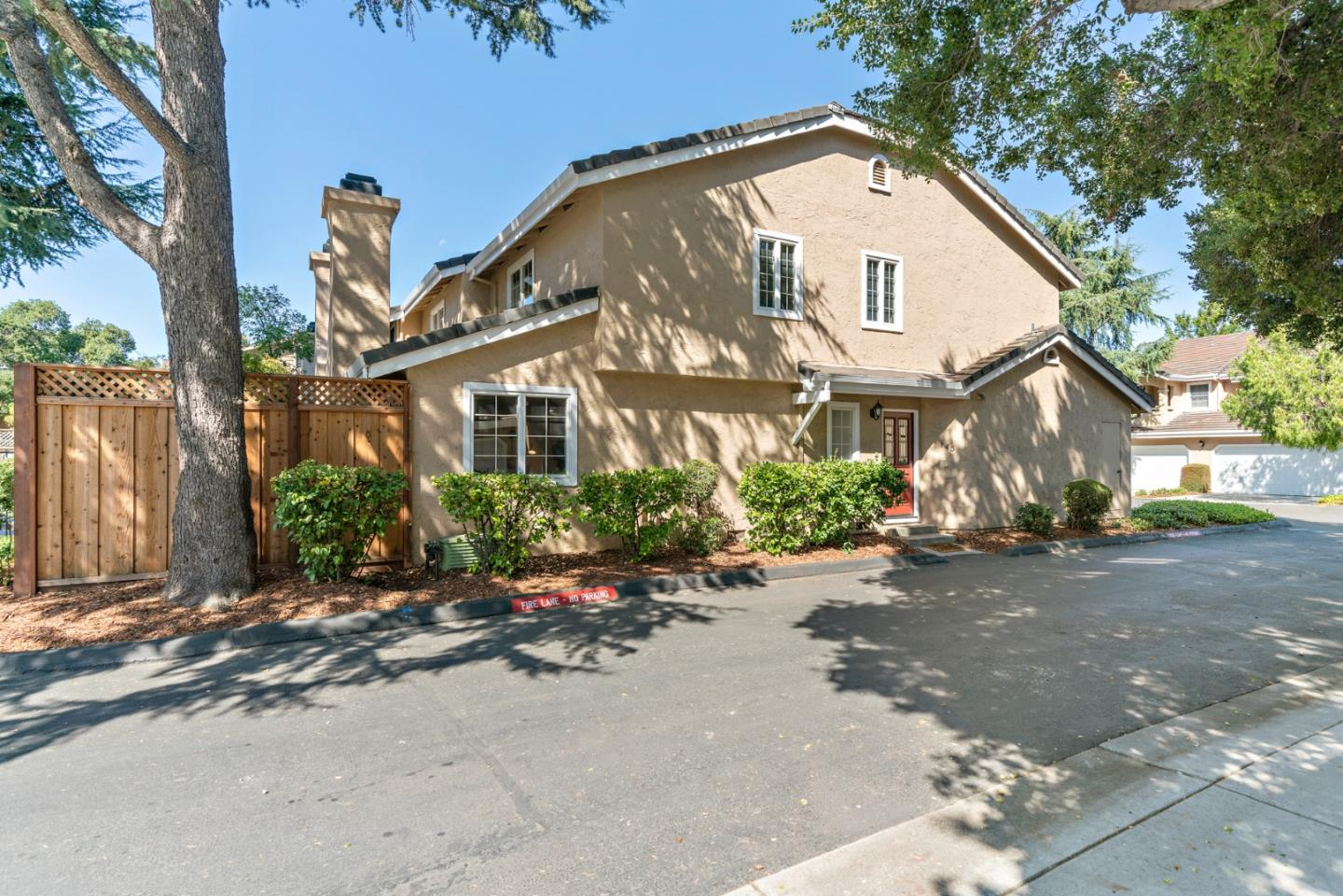 Detail Gallery Image 1 of 1 For 145 Redding Rd, Campbell,  CA 95008 - 2 Beds   2/1 Baths