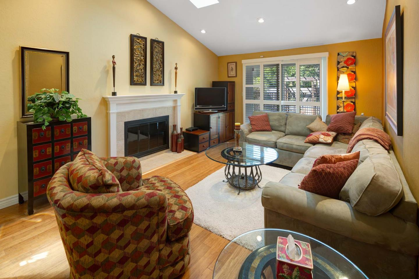 Detail Gallery Image 1 of 1 For 1355 Sage Hen Way #T,  Sunnyvale,  CA 94087 - 3 Beds | 2 Baths