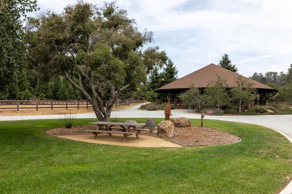 164 Pleasant Valley RD Aptos, CA 95003