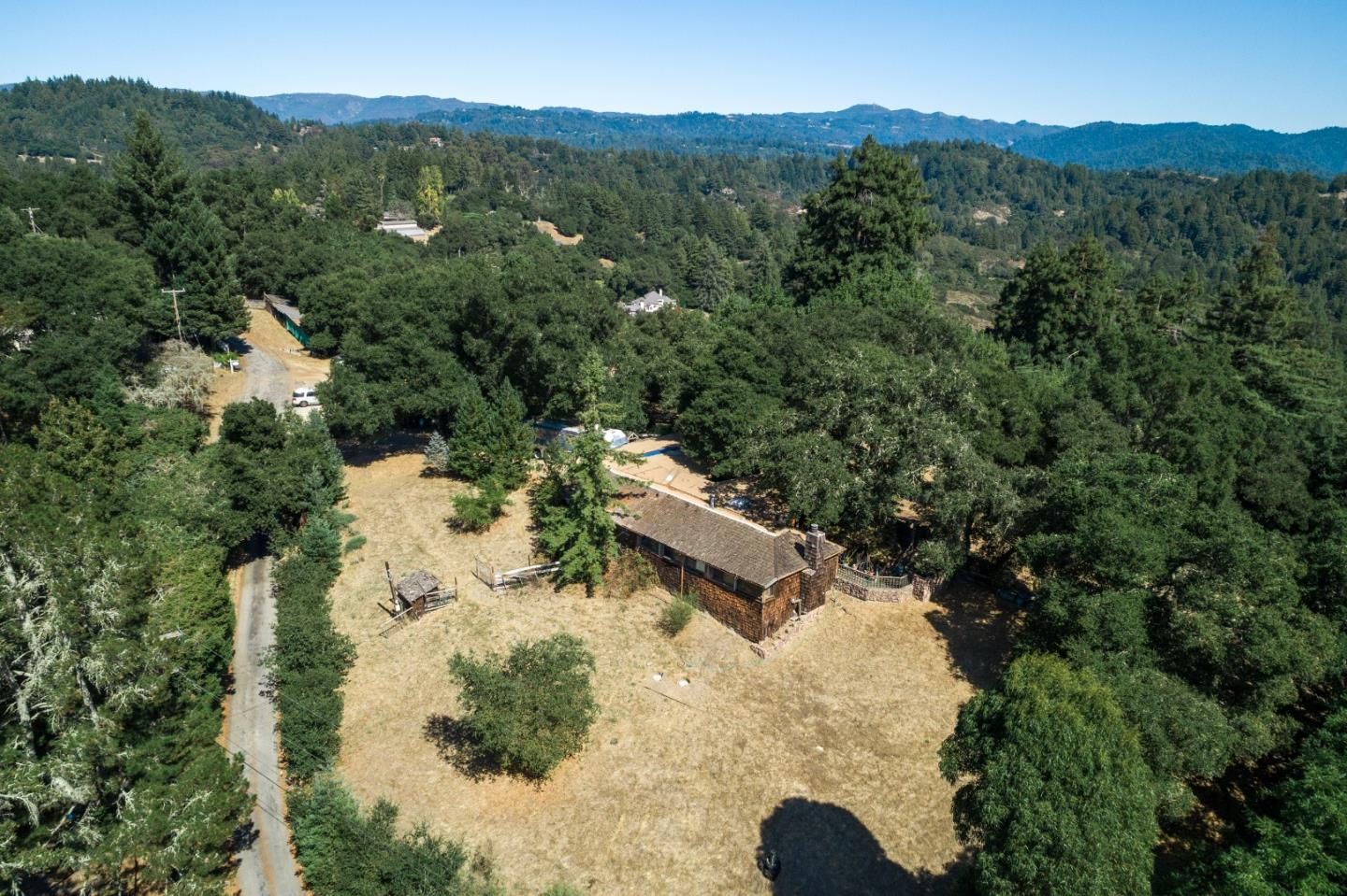 Detail Gallery Image 1 of 18 For 118 Crescent Ct, Scotts Valley, CA 95066 - 1 Beds | 1/1 Baths
