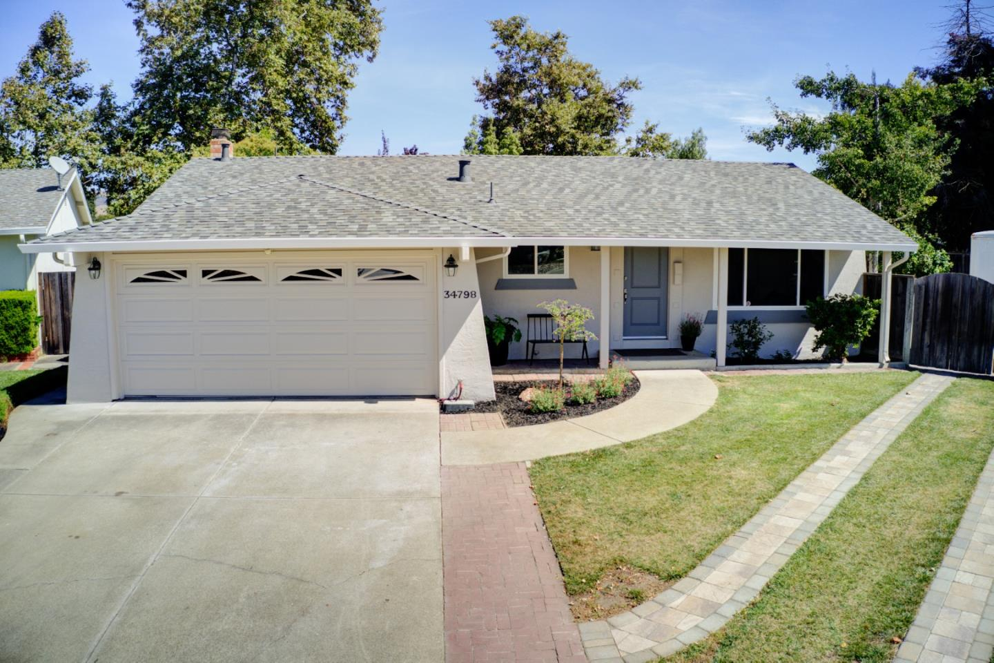 Detail Gallery Image 1 of 1 For 34798 Locke Ave, Fremont, CA 94555 - 3 Beds | 2 Baths