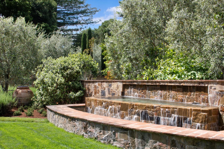 30 Trail LN Woodside, CA 94062