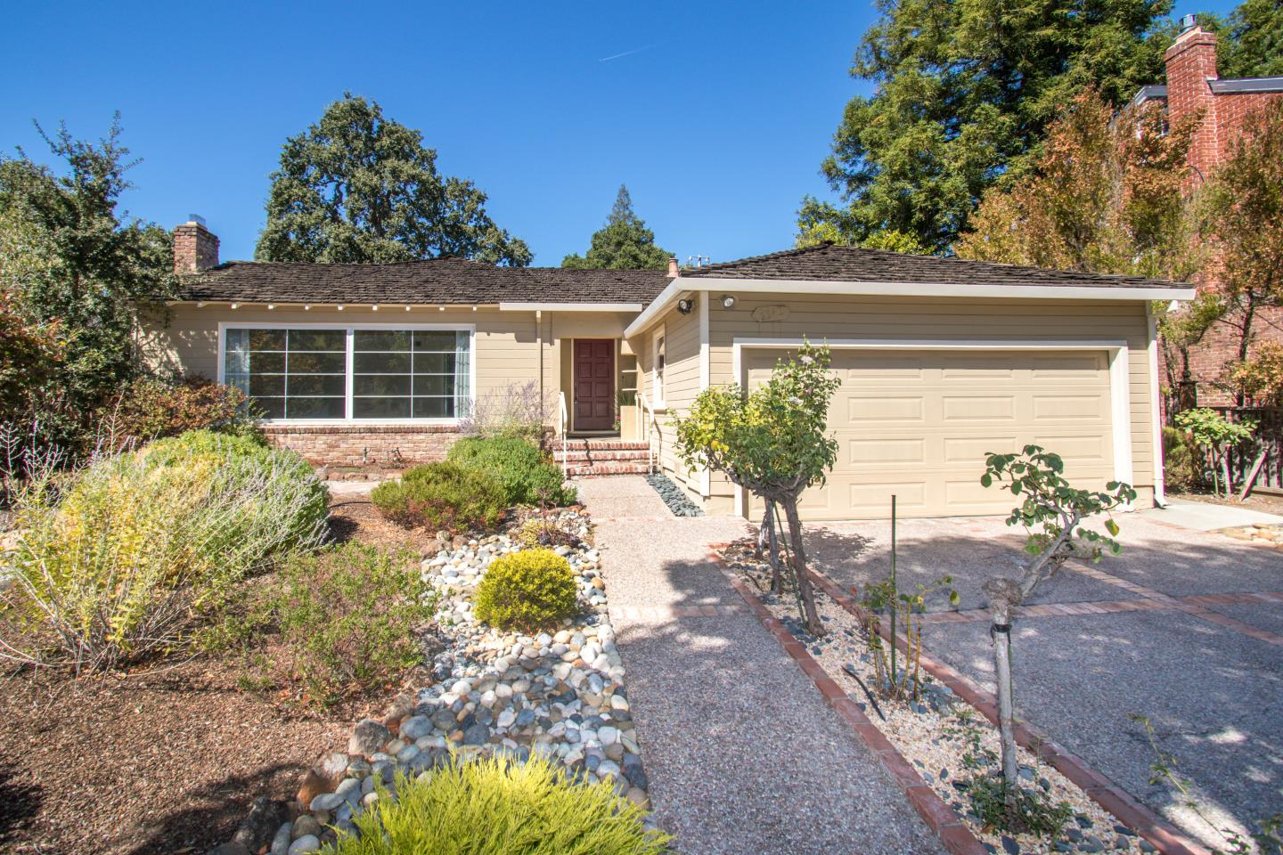 Detail Gallery Image 1 of 1 For 2348 Hopkins Ave, Redwood City, CA 94062 - 3 Beds | 2 Baths