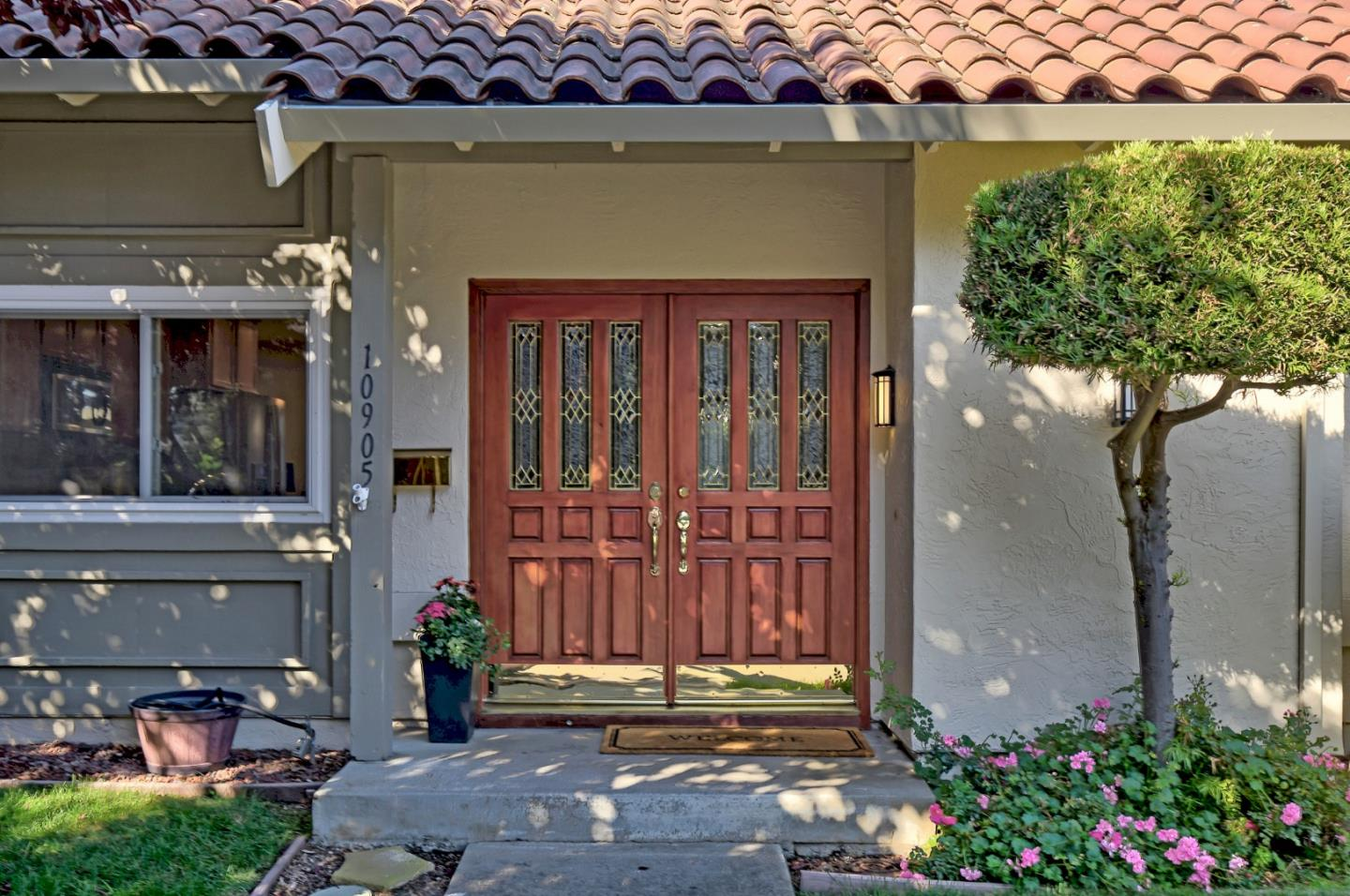 10905 SWEET OAK ST, CUPERTINO, CA 95014