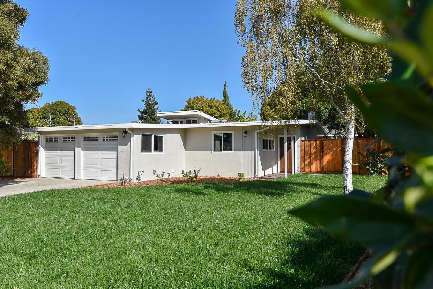 Detail Gallery Image 1 of 1 For 2778 Xavier St, East Palo Alto,  CA 94303 - 3 Beds | 2 Baths