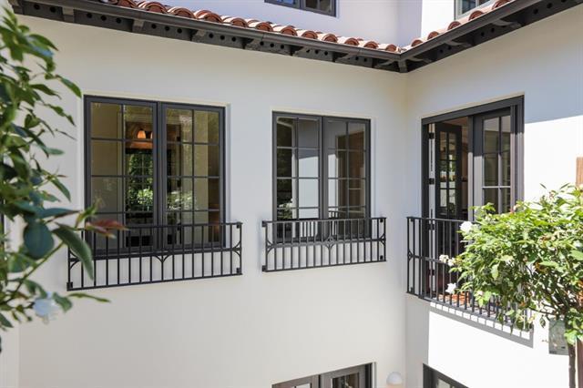 2001 Webster ST Palo Alto, CA 94301