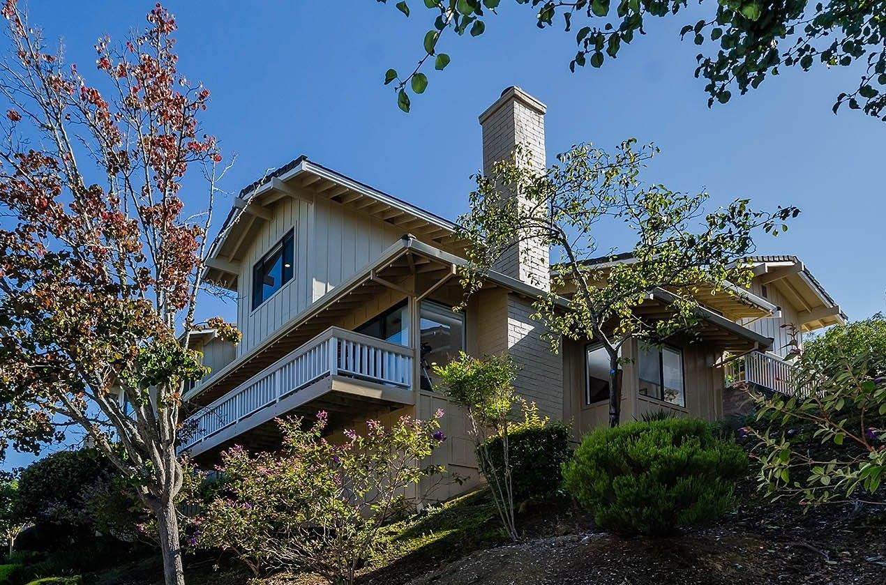 Detail Gallery Image 1 of 44 For 5 Pyrola Ln, San Carlos, CA 94070 - 3 Beds | 2/1 Baths
