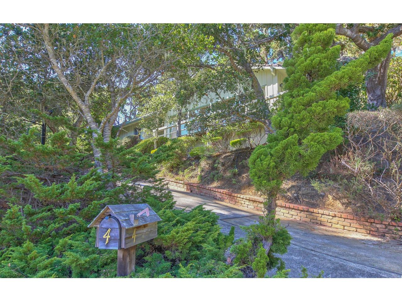 Photo of 4 Forest Knoll, MONTEREY, CA 93940