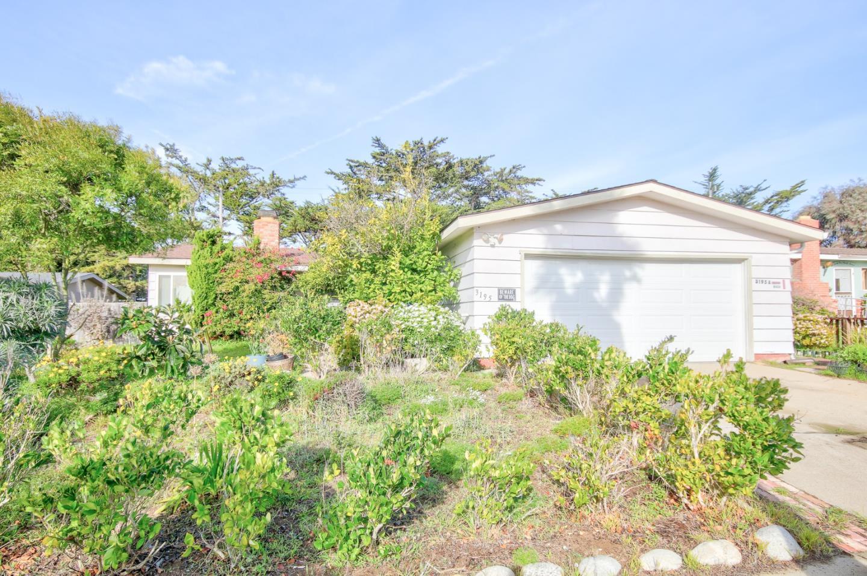 3195 Susan Avenue Marina, CA 93933
