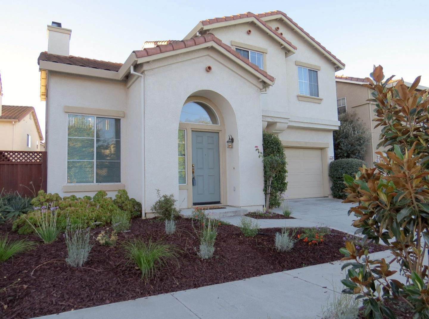 Detail Gallery Image 1 of 1 For 2742 Riverrun Dr, San Jose,  CA 95127 - 4 Beds   2/1 Baths