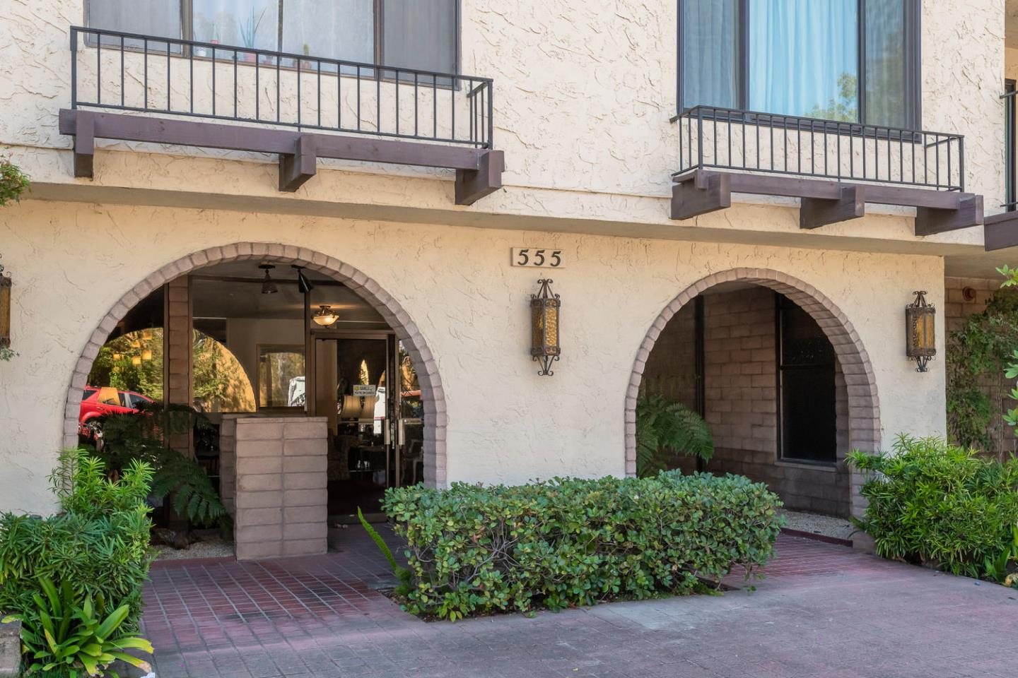 Detail Gallery Image 1 of 1 For 555 Palm Ave #303,  Millbrae,  CA 94030 - 2 Beds | 2 Baths