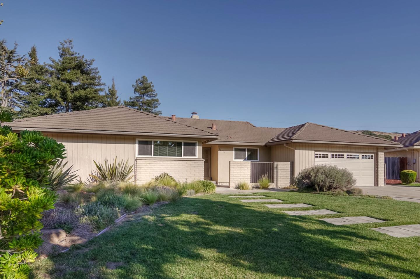 Detail Gallery Image 1 of 1 For 22324 Capote Dr, Salinas,  CA 93908 - 4 Beds | 2 Baths
