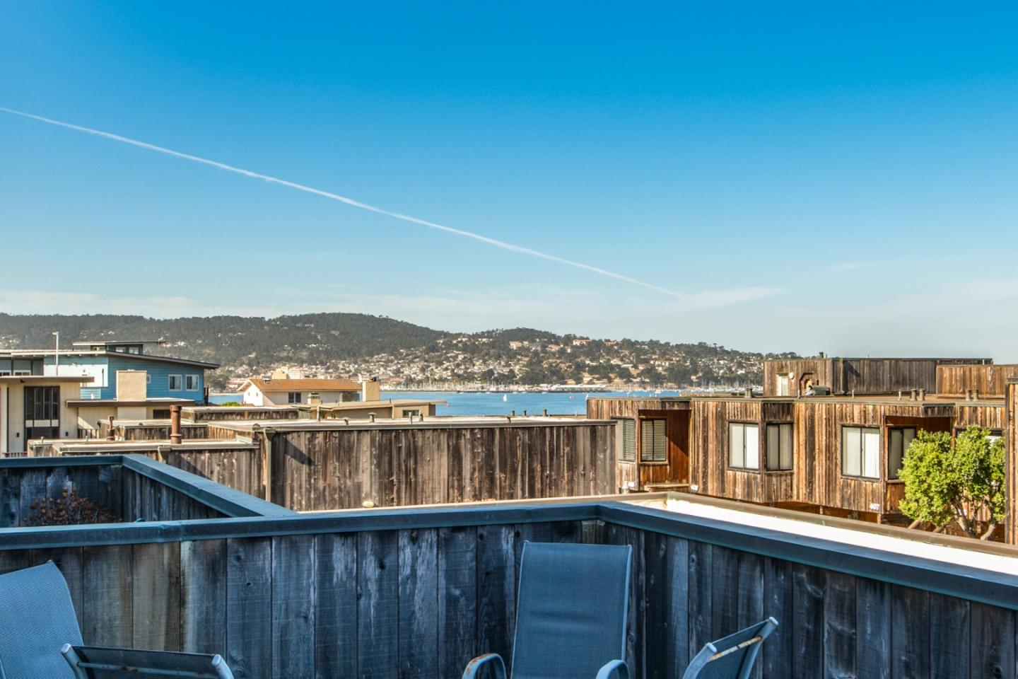 Detail Gallery Image 1 of 1 For 125 Surf Way #332,  Monterey,  CA 93940 - 1 Beds | 1 Baths