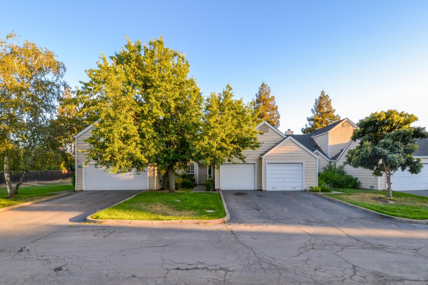 Detail Gallery Image 1 of 19 For 1918 Rosemarie Ln #113, Stockton, CA 95207 - 2 Beds | 1 Baths