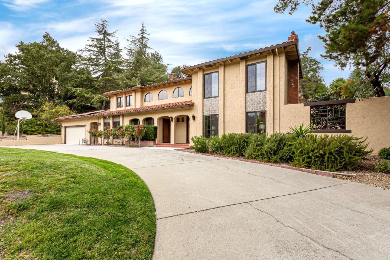 14227 Amherst Court Los Altos Hills, CA 94022