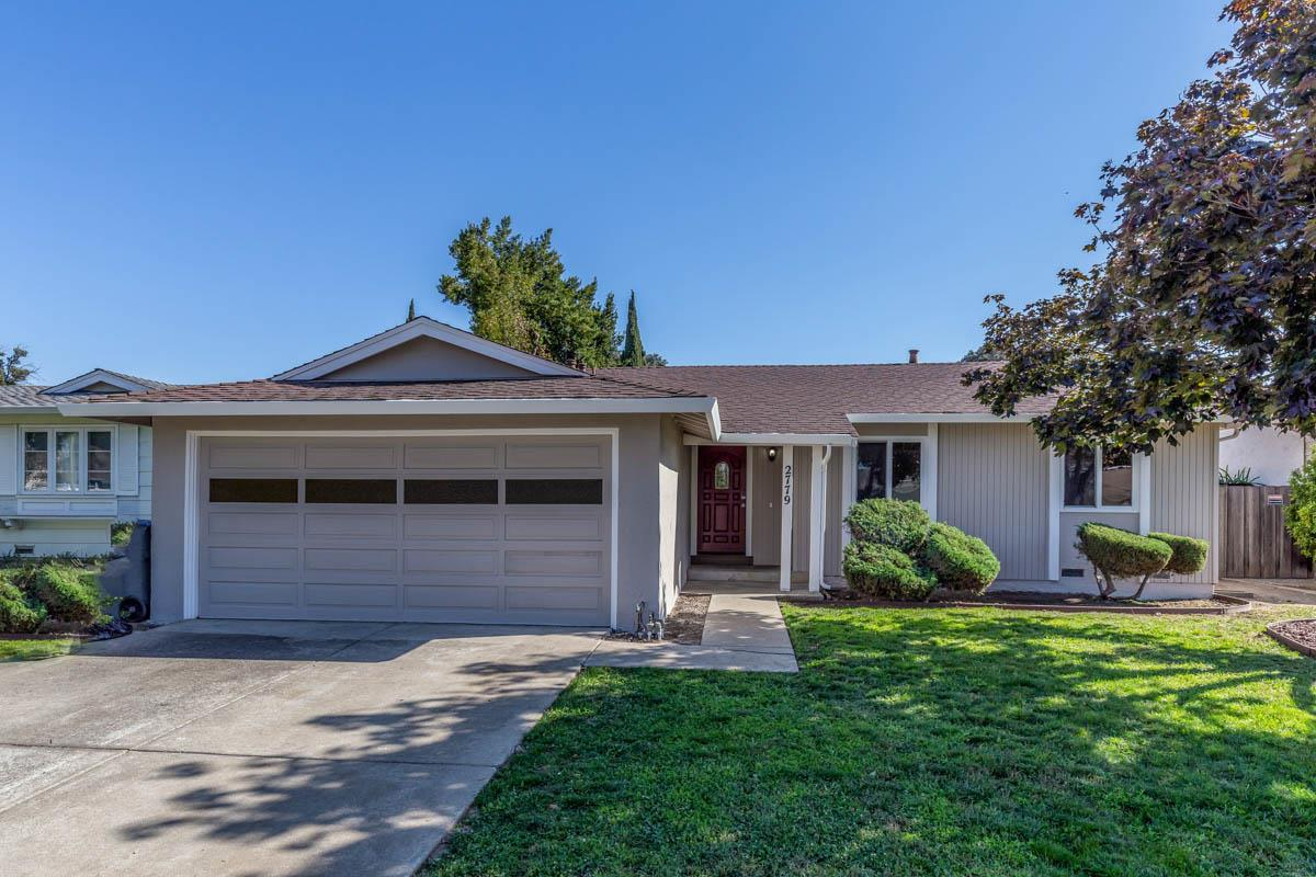 Detail Gallery Image 1 of 1 For 2779 Eulalie Dr, San Jose, CA 95121 - 3 Beds | 2 Baths