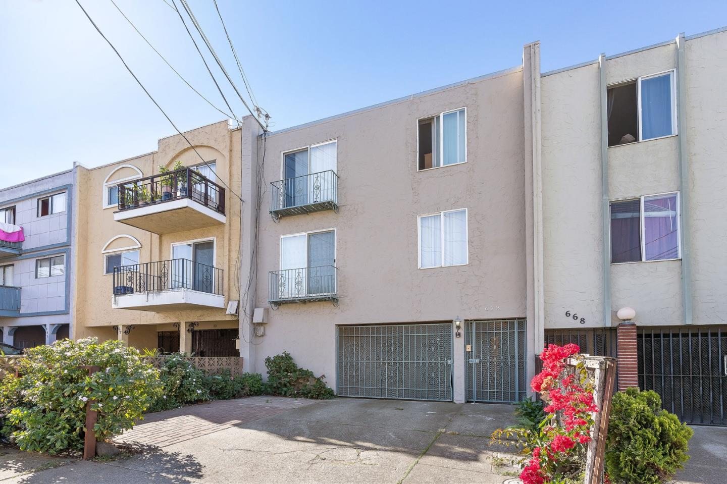 Detail Gallery Image 1 of 1 For 672 Villa St, Daly City,  CA 94014 - – Beds | – Baths