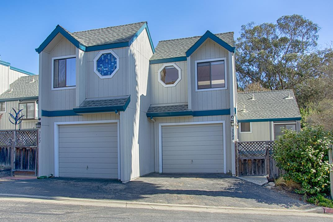 Detail Gallery Image 1 of 1 For 3500 Dover Dr, Santa Cruz, CA 95065 - 3 Beds | 2/1 Baths