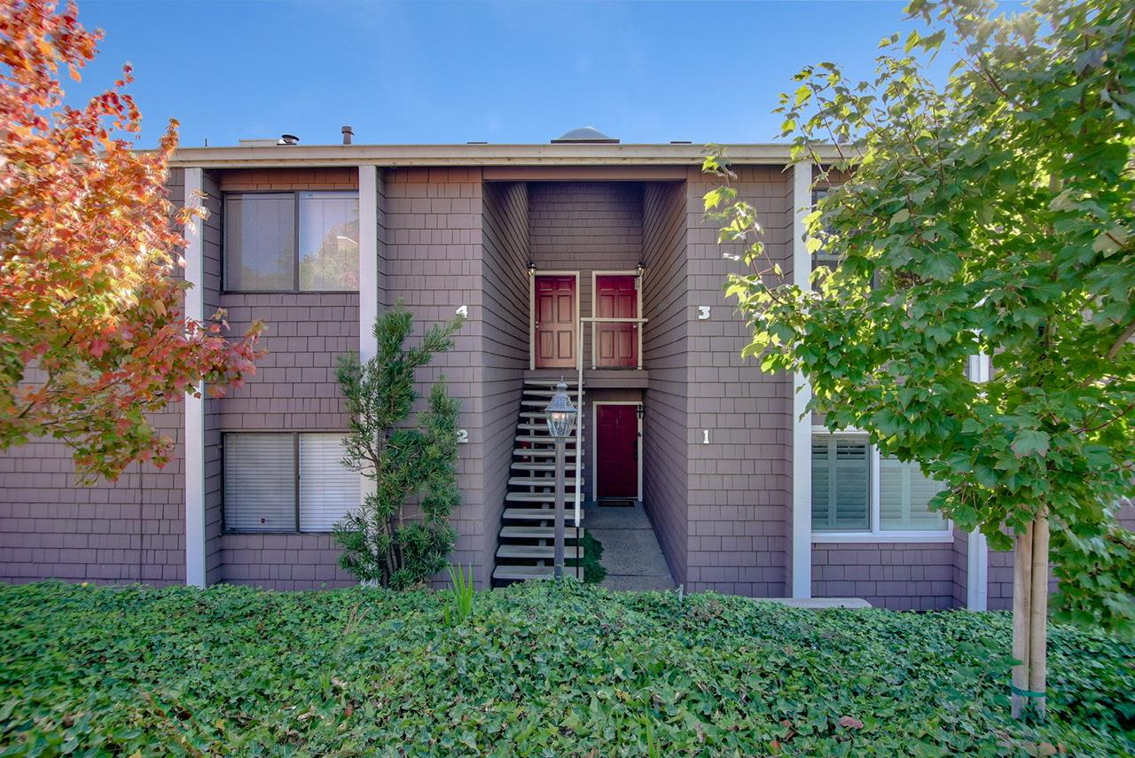 Detail Gallery Image 1 of 1 For 3050 Marlo Ct #1,  Aptos,  CA 95003 - 2 Beds | 1 Baths
