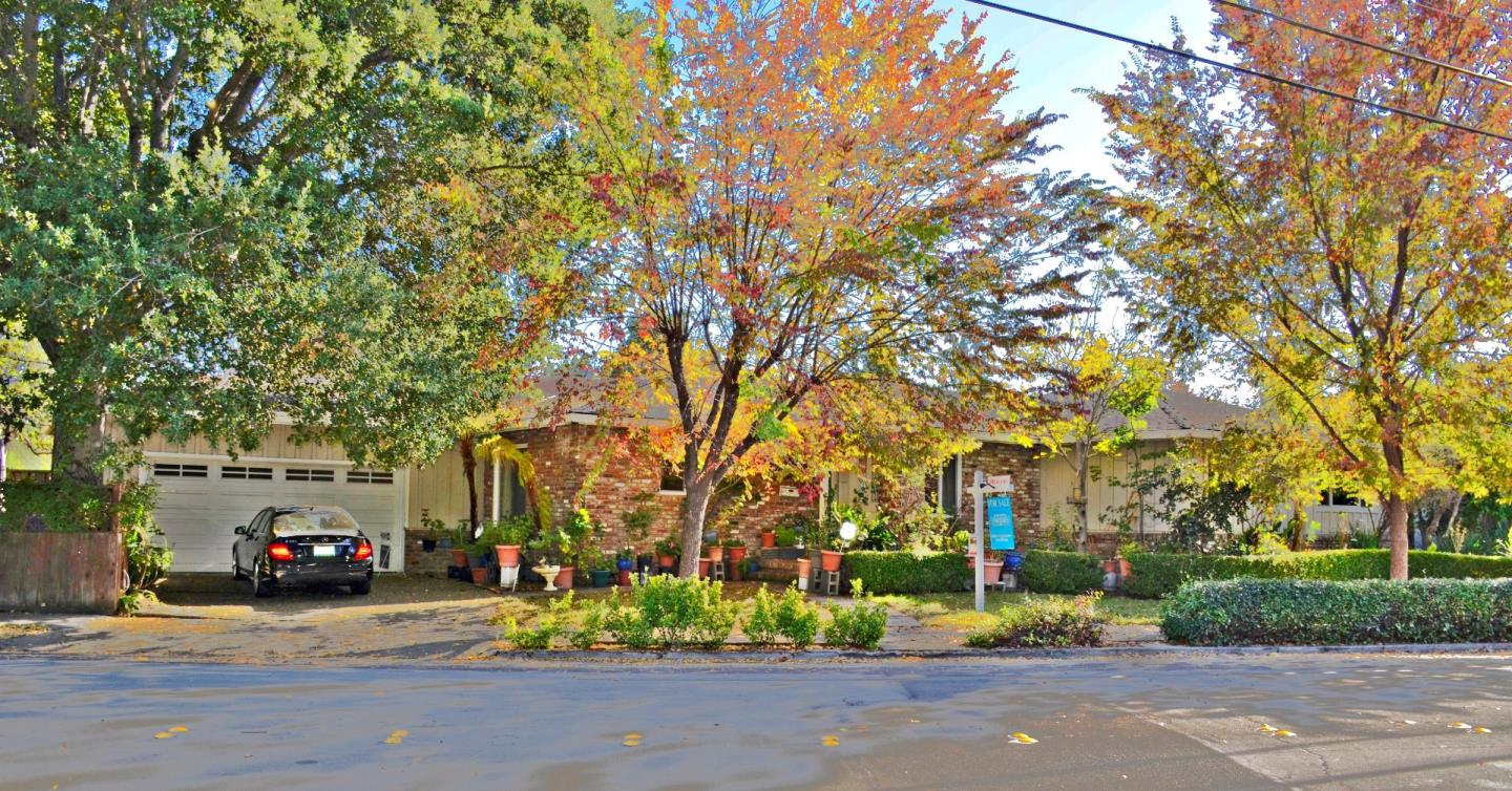 245 Edgewood RD, Redwood City, California