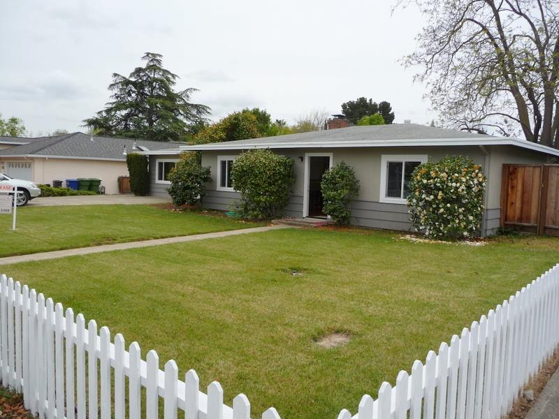 Classic 50's rancher in sought after El Quito Neighborhood! Spacious lot approximately 12K. Lots of upgrades/updates windows, floors, kitchen area.  400sf bonus room with separate entry included in total SF.  Highest and best use may be builder's new construction.  Please respect tenants rights 24 hour notice required.