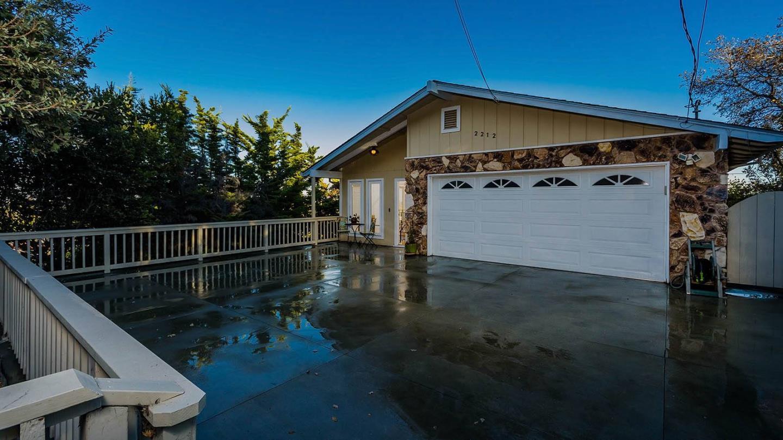 2212 Harding AVE, Redwood City, California