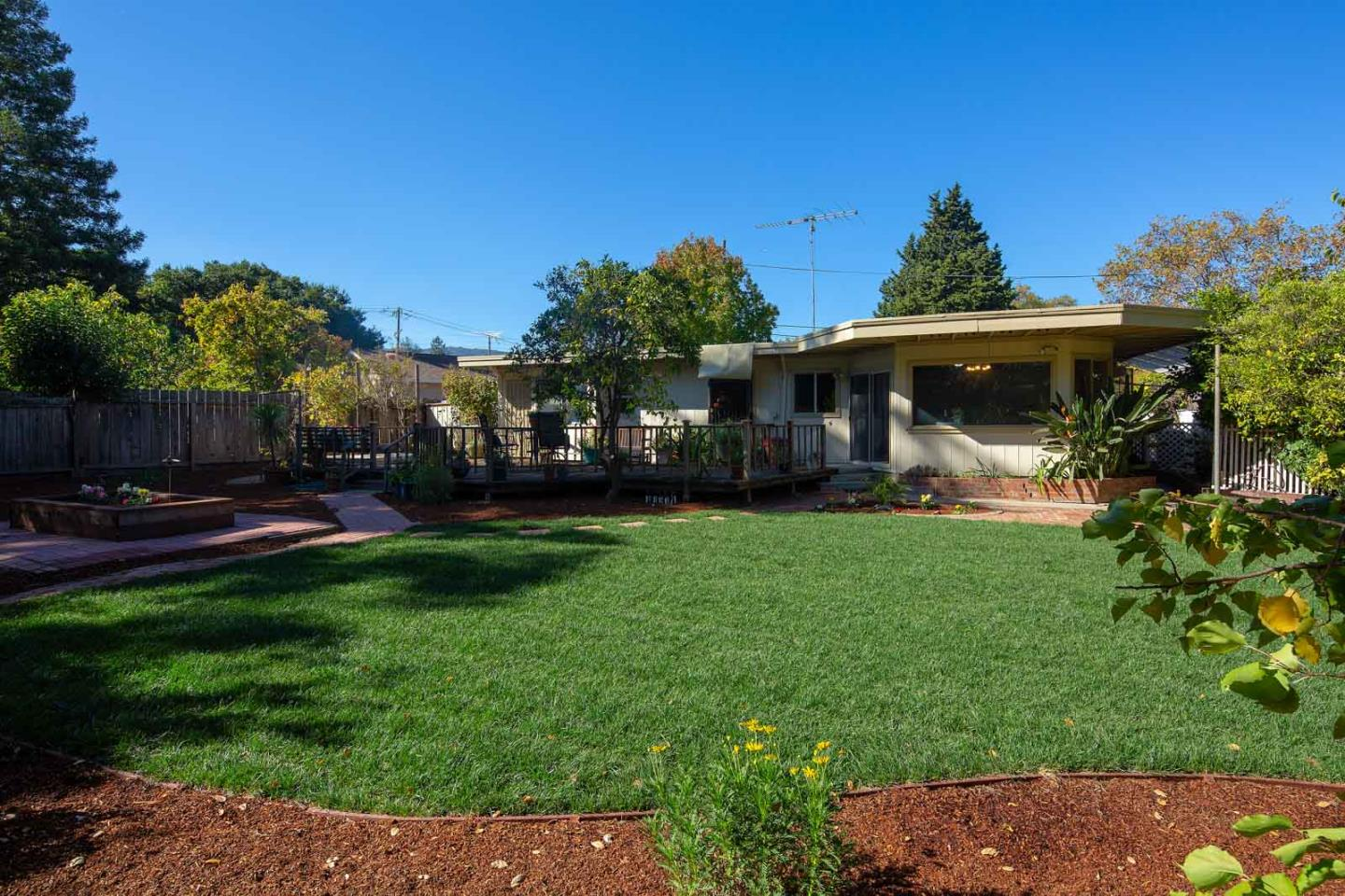 Detail Gallery Image 1 of 1 For 2073 El Sereno Ave, Los Altos,  CA 94024 - 2 Beds | 2 Baths