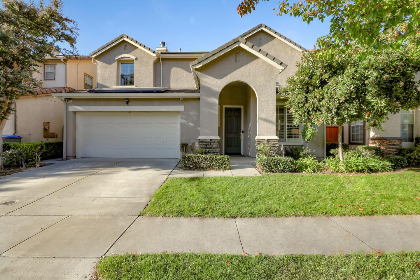 Detail Gallery Image 1 of 1 For 839 Dederick Ct, San Jose,  CA 95125 - 4 Beds | 2/1 Baths