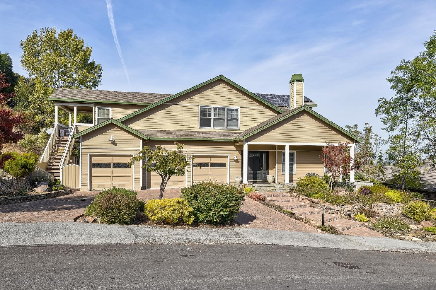 121 Fox Crossing CT, Redwood City, California