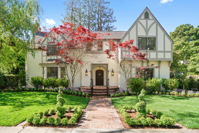 1452 Hamilton Avenue Palo Alto, CA 94301