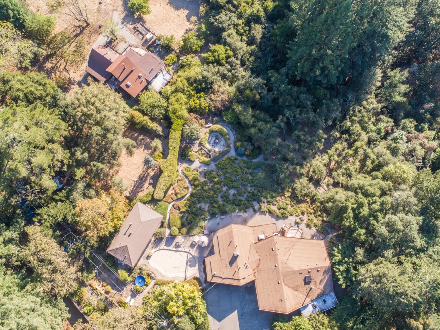 Detail Gallery Image 1 of 45 For 16000 Robinwood Ln, Los Gatos, CA 95033 - 3 Beds | 2/1 Baths