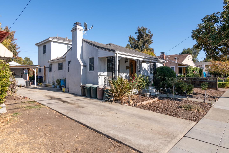 3689 Park Boulevard Palo Alto, CA 94306