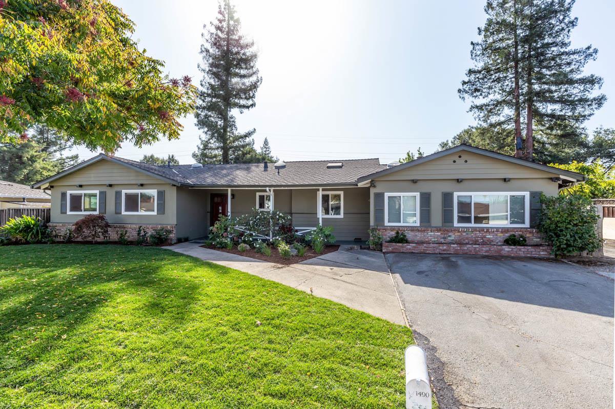 1490 Holt Avenue Los Altos, CA 94024