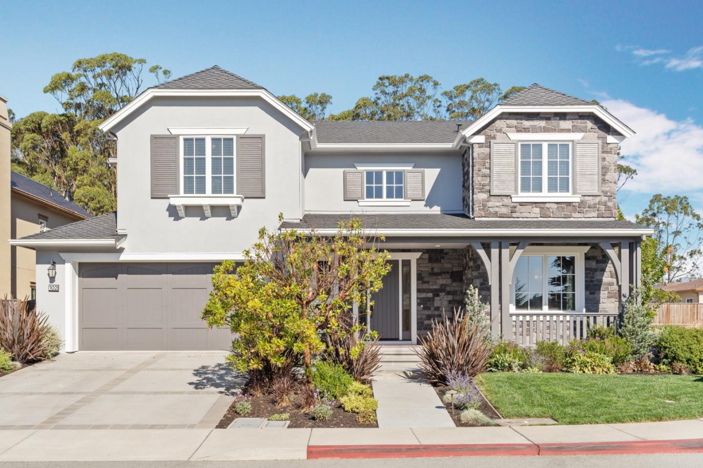 Detail Gallery Image 1 of 1 For 102 Carnoustie Dr, Half Moon Bay,  CA 94019 - 4 Beds | 3/1 Baths