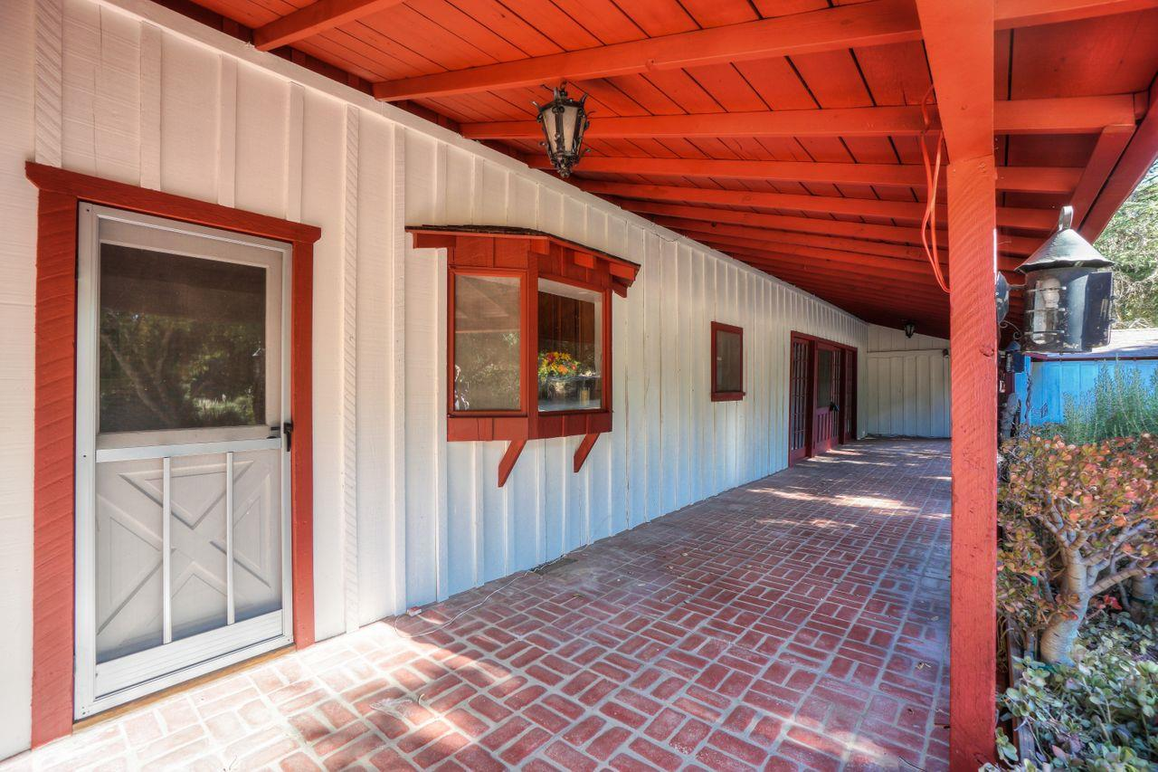 Detail Gallery Image 1 of 1 For 1 Rancho Rd, Carmel Valley,  CA 93924 - 4 Beds   3 Baths