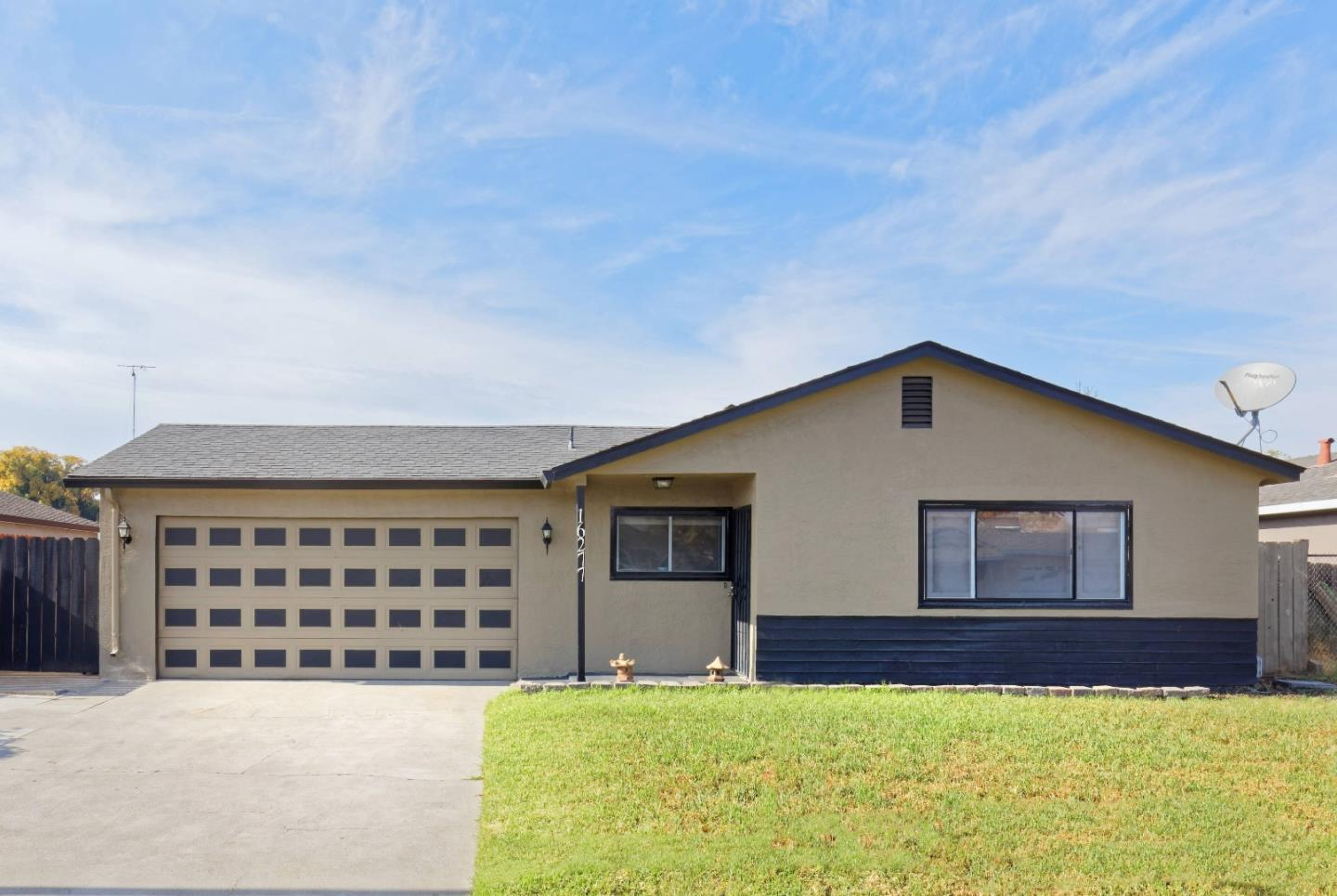 Detail Gallery Image 1 of 1 For 16277 Julie Ln, Lathrop, CA 95330 - 4 Beds | 2 Baths