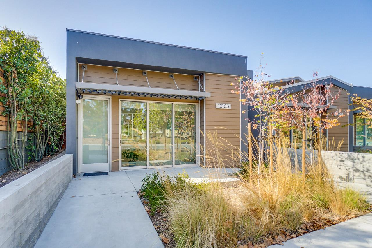 Detail Gallery Image 1 of 1 For 10103 N Foothill Blvd, Cupertino, CA 95014 - 3 Beds | 3/1 Baths