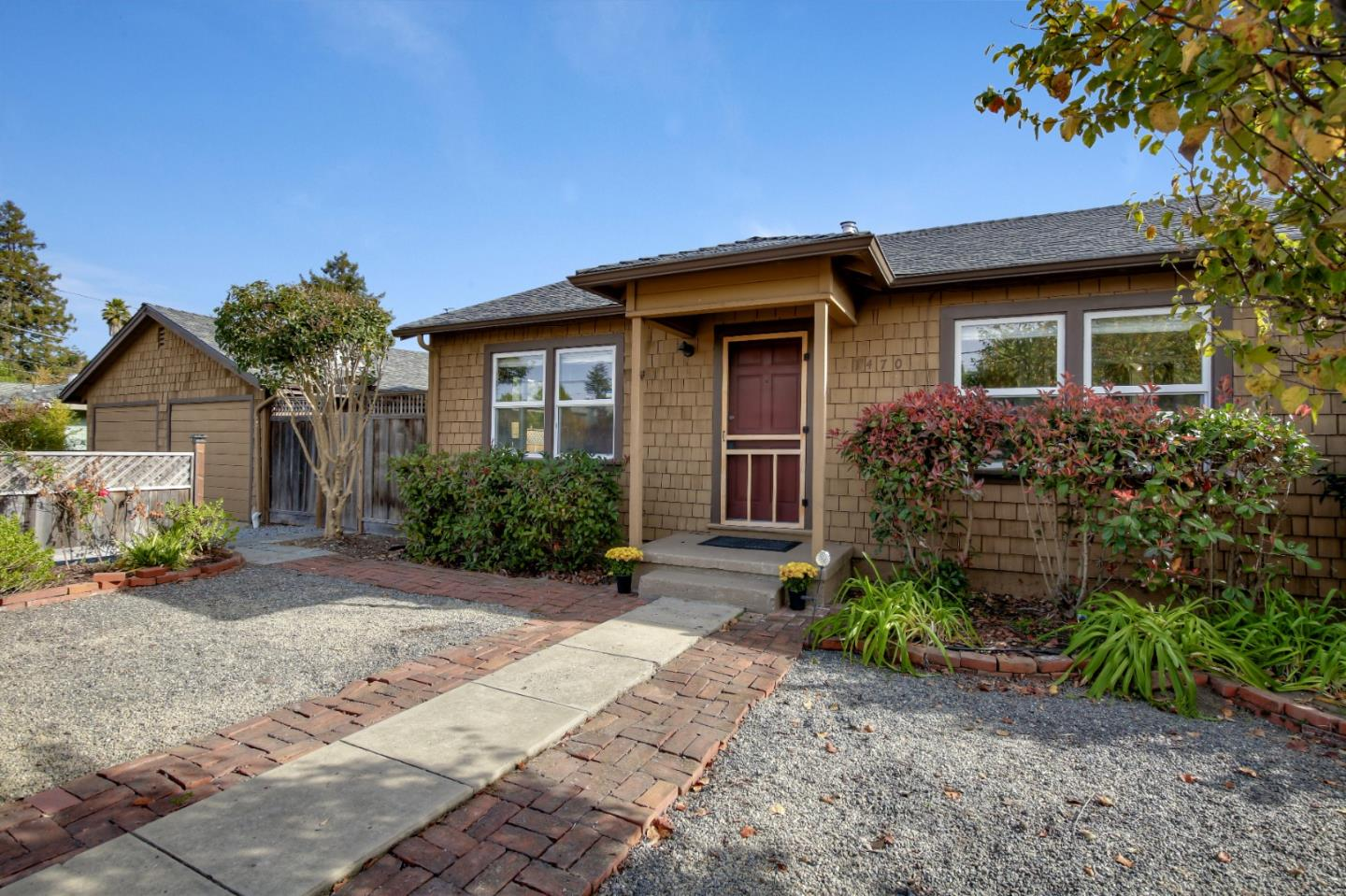Detail Gallery Image 1 of 1 For 1470 Bulb Ave, Santa Cruz, CA 95062 - 2 Beds | 2 Baths
