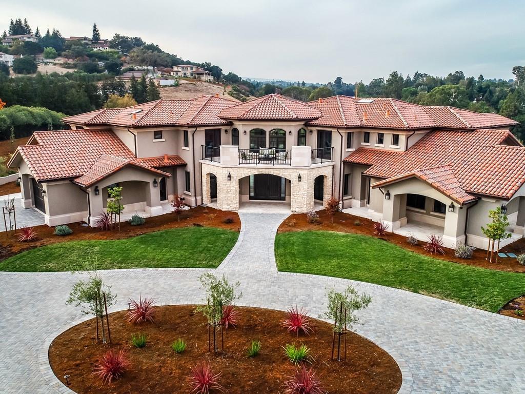 11768 MARIA LN, LOS ALTOS HILLS, CA 94024