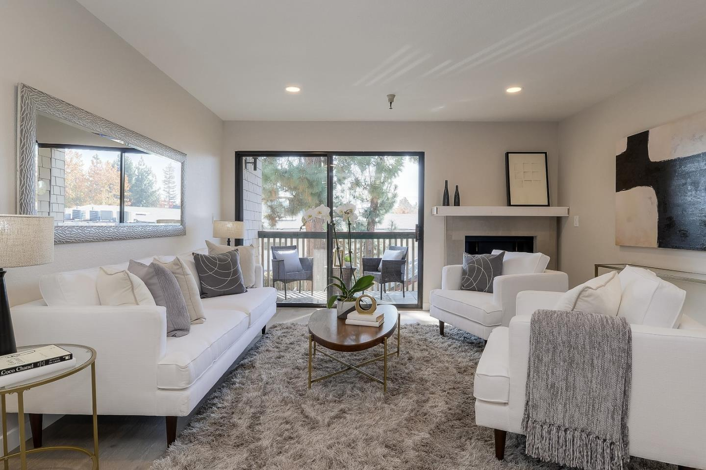Detail Gallery Image 1 of 17 For 2211 Latham St #216, Mountain View, CA 94040 - 2 Beds | 2 Baths