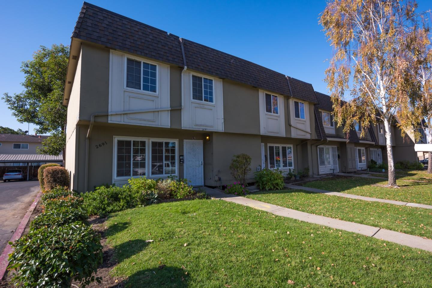 Detail Gallery Image 1 of 1 For 2691 Camino Ecco, San Jose, CA 95121 - 3 Beds   1/1 Baths